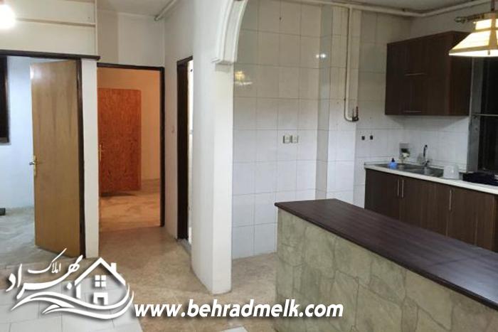فروش اپارتمان ۸۷ متری انزلی خیابان تهران کد ۱۵۷۱۳